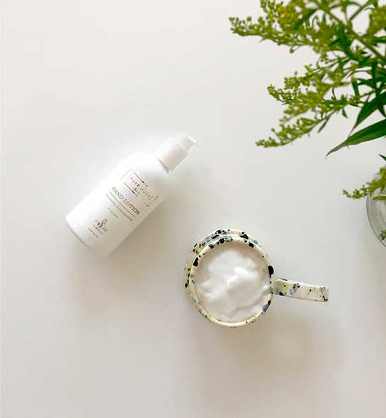 Miqura-Living-Lotion-in-a-cup